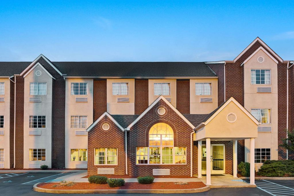 Microtel Inn & Suites by Wyndham Florence Cincinnati Airport