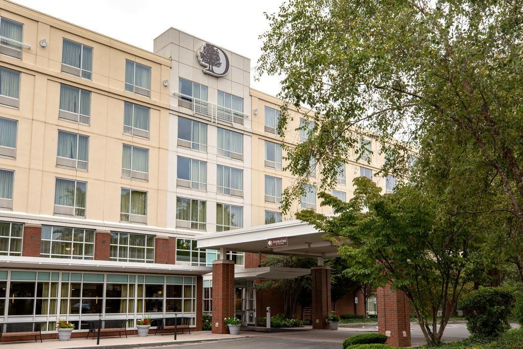 DoubleTree by Hilton Boston Bayside