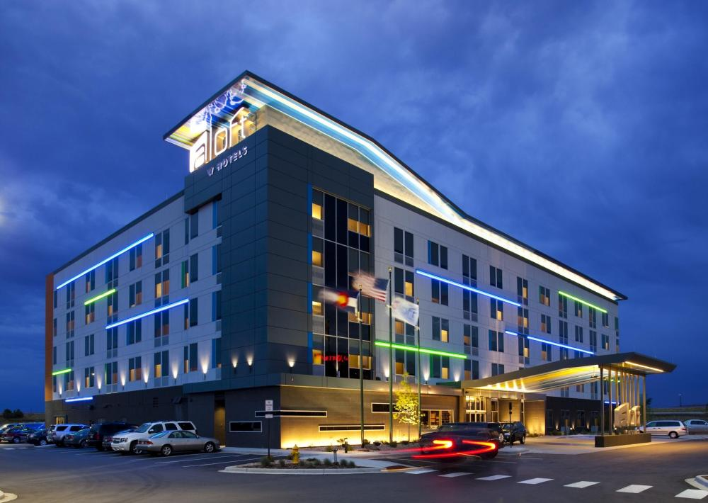 Park Sleep Fly Denver Airport Hotels With Free Parking Shuttle