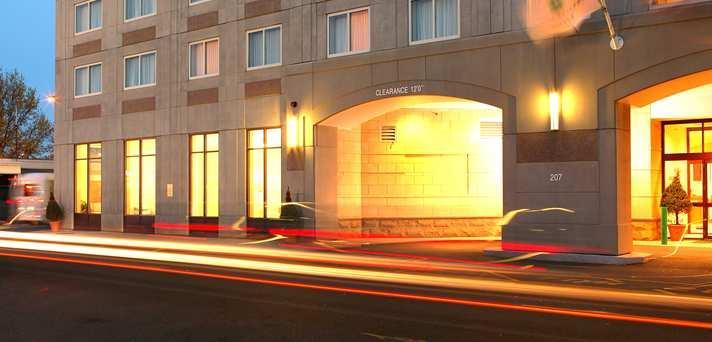 Embassy Suites Boston