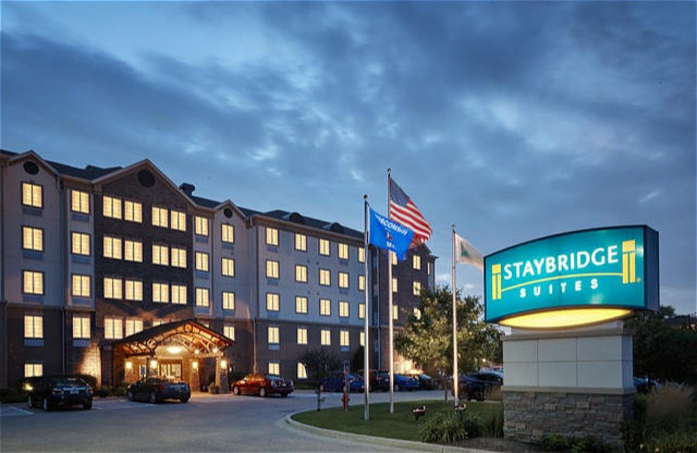 Staybridge Suites Milwaukee Airport