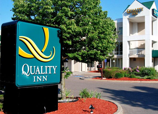 Quality Inn Colchester/Burlington (Cab required.  NO SHUTTLE)