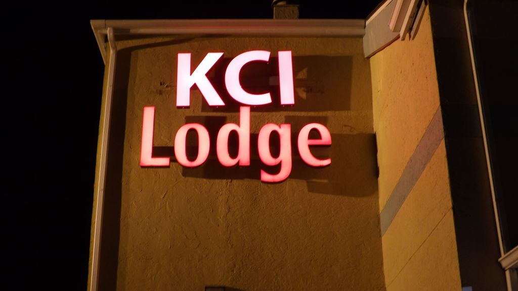 KCI Lodge Airport