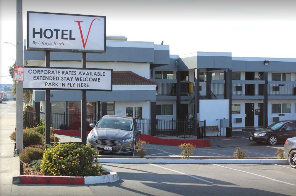 Hotel V