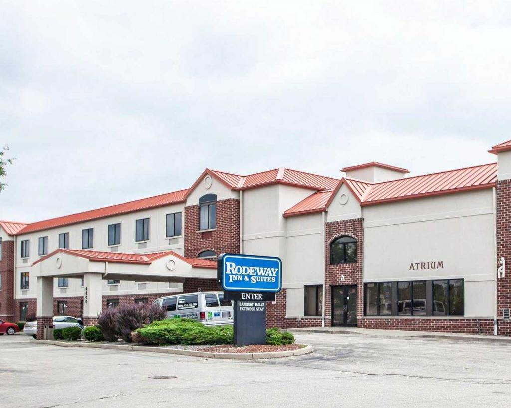 Rodeway Inn and Suites Milwaukee Airport
