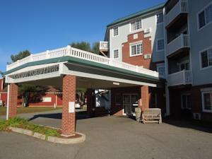 Baymont Inn and Suites Essex Burlington Area