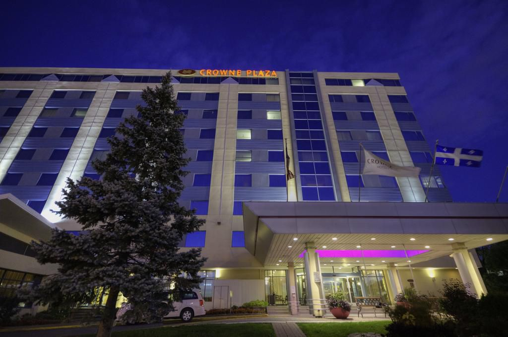 Crowne Plaza Montreal Airport Hotel