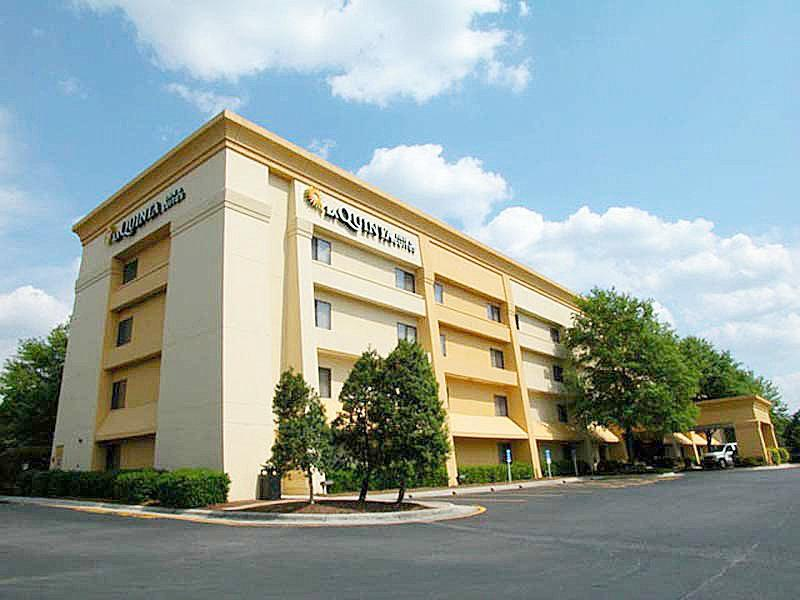 La Quinta Inn St. Louis / Hazelwood Airport North