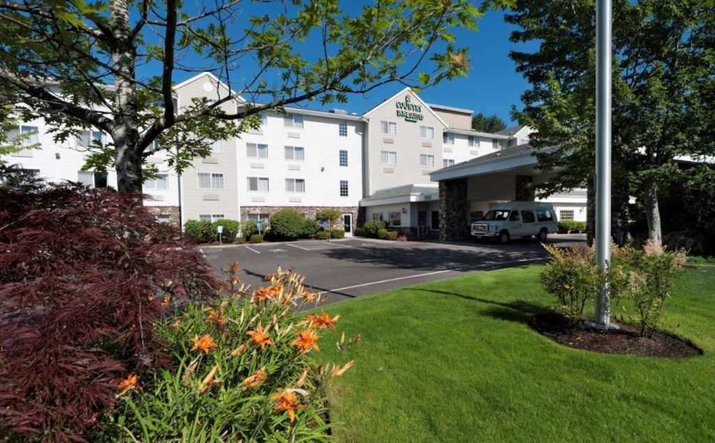 Country Inn & Suites by Radisson Portland International Airport OR