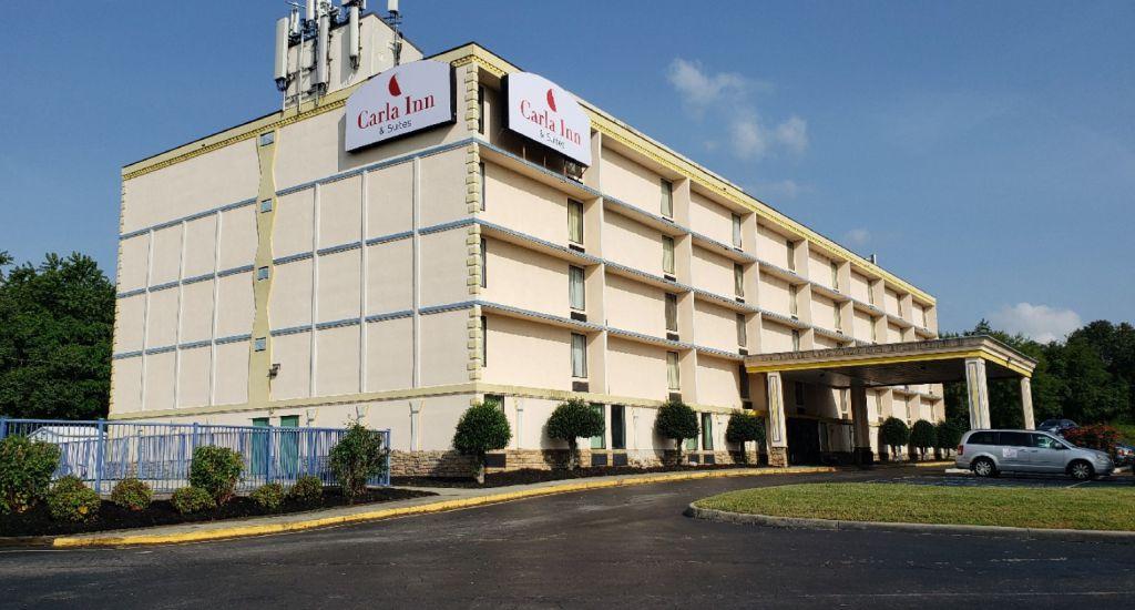 Carla Inn & Suites Roanoke Airport