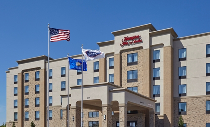 Hampton Inn and Suites Milwaukee/Franklin