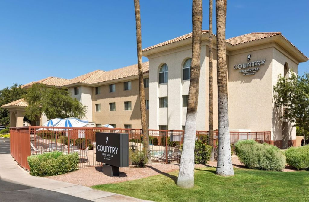 Country Inn & Suites by Radisson Phoenix Airport