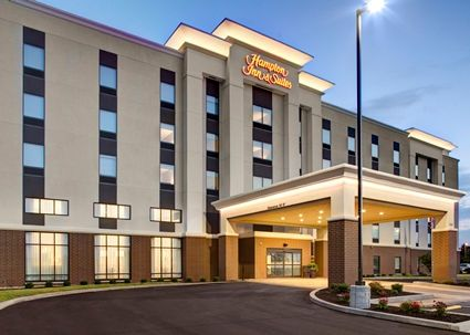 Hampton Inn & Suites Syracuse-North (Airport Area)