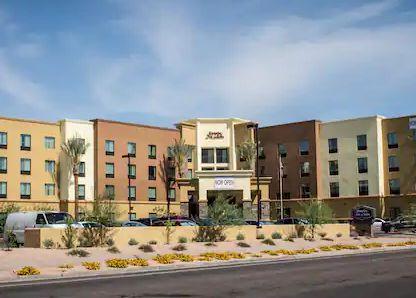 Hampton Inn & Suites Tempe Phoenix Airport