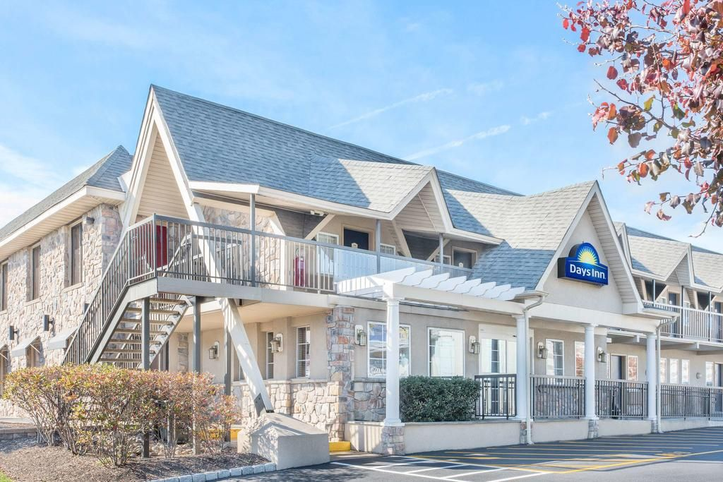 Days Inn by Wyndham Springfield PHL