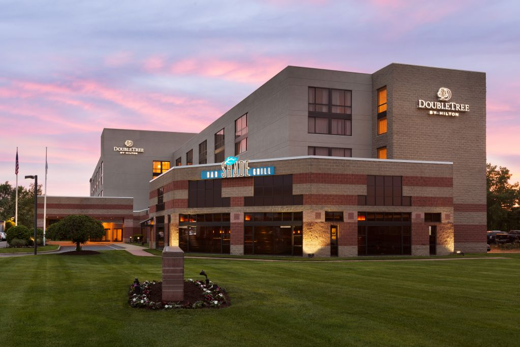 Doubletree Hotel Bradley International Airport