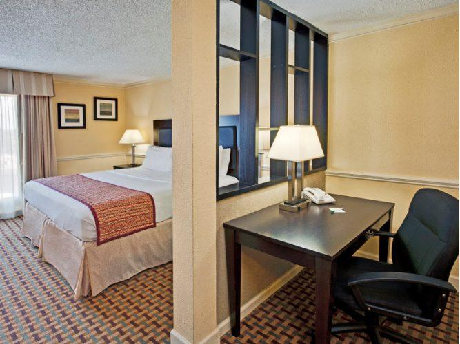 La Quinta Inn & Suites - Atlanta Airport