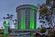 Reserve Park Sleep & Fly at Holiday Inn Long Beach Airport Hotel and Conference Center