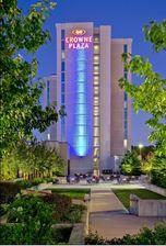 Reserve Park Sleep & Fly at Crowne Plaza Hotel Chicago-North Shore