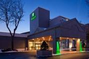 Reserve Park Sleep & Fly at Holiday Inn Burlington-Hotel & Conf Centre