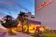Reserve Park Sleep & Fly at Crowne Plaza Phoenix Airport
