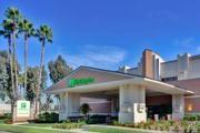 Holiday Inn Hotel & Suites Anaheim (1 Blk/Disneyland )
