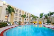Reserve Park Sleep & Fly at Holiday Inn Fort Myers Downtown Historic