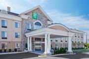 Reserve Park Sleep & Fly at Holiday Inn Express Hotel & Suites Doylestown