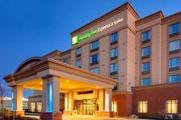 Reserve Park Sleep & Fly at Holiday Inn Express Hotel & Suites Newmarket