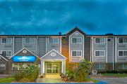 Reserve Park Sleep & Fly at Microtel Inn Raleigh Durham Airport