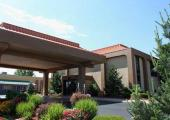 Reserve Park Sleep & Fly at Clarion Inn & Suites Airport