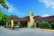 Reserve Park Sleep & Fly at La Quinta Inn & Suites Armonk