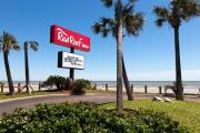 Red Roof Inn Galveston - Beachfront/Convention Center.  NO SHUTTLE SERVICE.