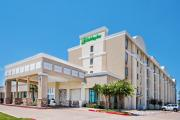 Reserve Park Sleep & Fly at Holiday Inn Dallas DFW Airport Area West