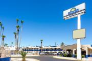 Reserve Park Sleep & Fly at Days Inn Phoenix Airport