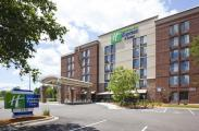 Holiday Inn Express and Suites Bloomington MPLS Arpt Area West