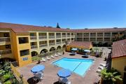 La Quinta Inn & Suites San Francisco Airport West Hotel
