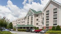 Reserve Park Sleep & Fly at Country Inn & Suites Airport South